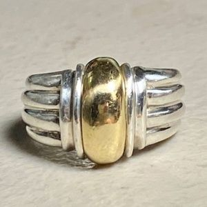 Sterling Silver Ribbed Ring w/18k Gold Center Sz 7